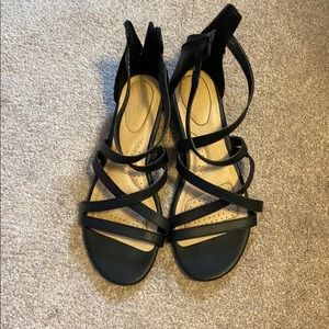 Black straps small heeled sandals